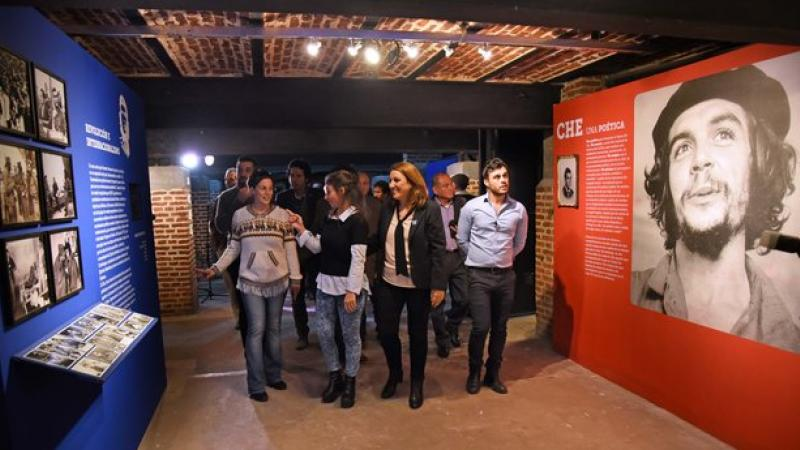 Inauguración del Centro de Estudios Latinoamericanos Che